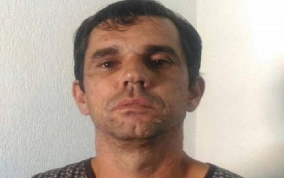 'Marido de aluguel' foi preso por policiais em Praia Grande, SP — Foto: Reprodução