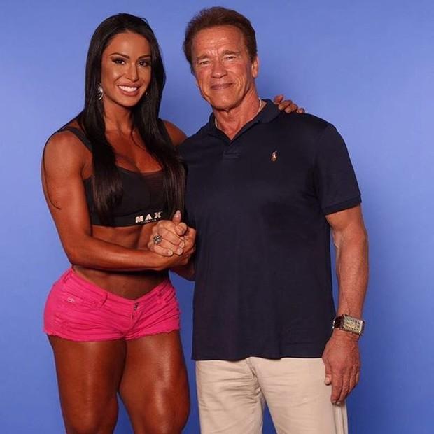 Gracyanne e Arnold Schwarzenegger (Foto: Reprodução)
