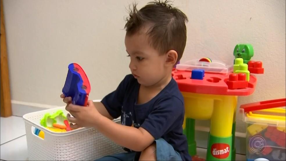 Pais ficam atentos durante férias escolares dos filhos em Itapetininga — Foto: Reprodução/TV TEM
