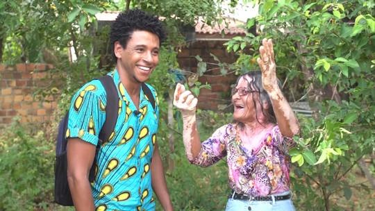 Rezadeira e ex-parteira falam da tradição em Rio Sena