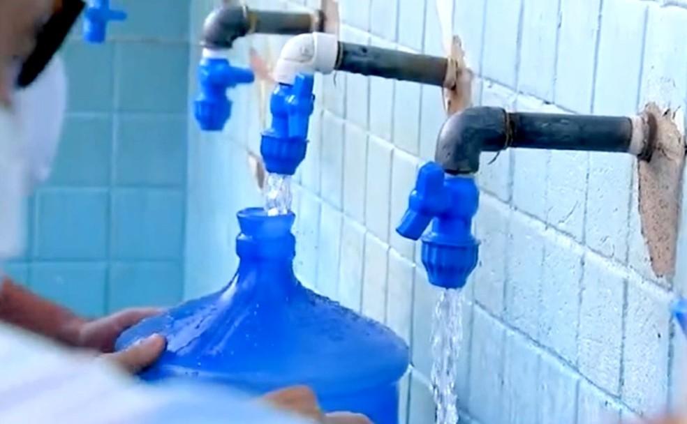 Prefeitura abre mais de 80 escolas municipais para fornecer água a moradores de Bauru — Foto: TV TEM/Reprodução