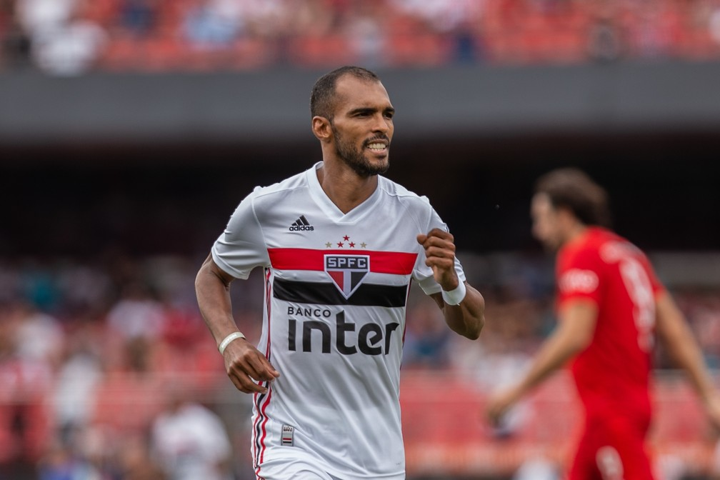 Richarlyson, do São Paulo, na Legends Cup — Foto: Van Campos/Estadão Conteúdo