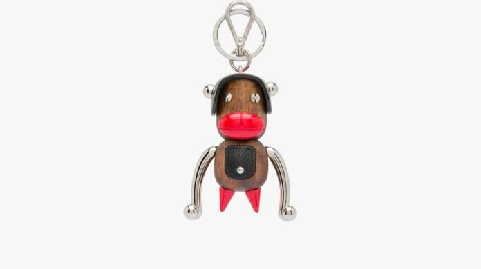 Prada se desculpa e retira chaveiros de mercado após acusações de racismo    Pop   Arte   G1 076d244d12