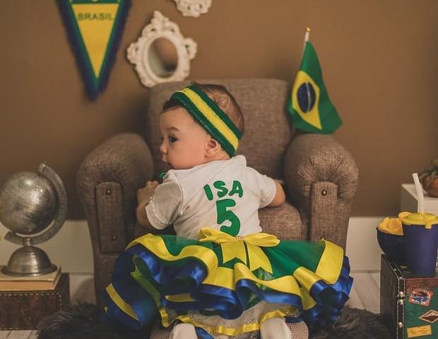 Ensaio Copa do Mundo (Foto: Reprodução Instagram/Luana Francis Studio Fotográfico)