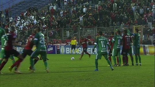 Técnico Ney Franco diz que jogo foi equilibrado e que Goiás poderia ter pontuado em Pelotas