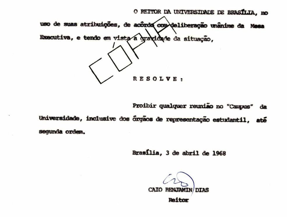 Ato editado pela reitoria da UnB, em 1968, proibindo reuniões no campus (Foto: Arquivo Central/UnB)