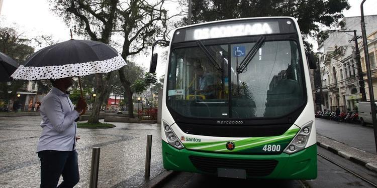 Santos irá subsidiar tarifa de ônibus para evitar aumento no valor da passagem aos usuários