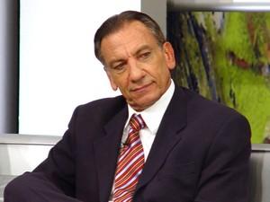 Morre aos 71 anos Osmar  de Oliveira, havia passado por uma cirurgia para retirada de um tumor na próstata  julho 14, 2014