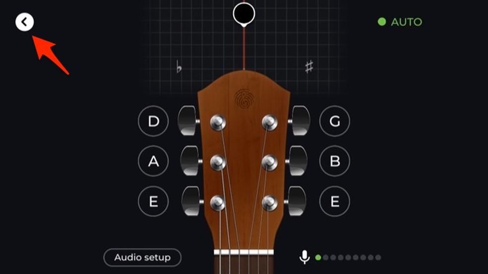 Tela de afinação de violão do aplicativo Yousician — Foto: Reprodução/Marvin Costa