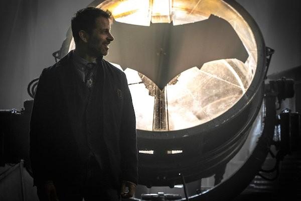 O diretor Zack Snyder no set de Liga da Justiça (Foto: Reprodução)