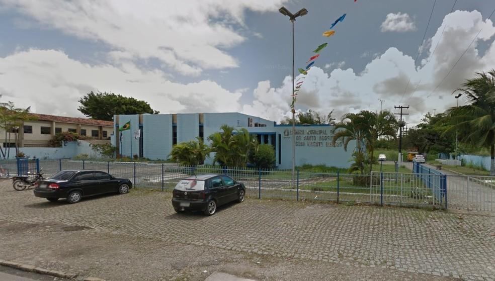 Câmara Municipal do Cabo de Santo Agostinho fica no Centro do Município (Foto: Reprodução/Google Street View)