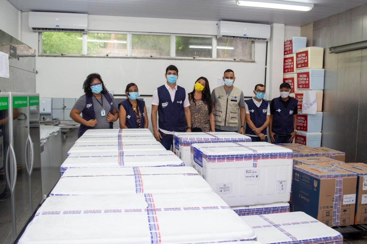 MA recebe novo lote com mais de 100 mil doses de vacinas contra Covid-19