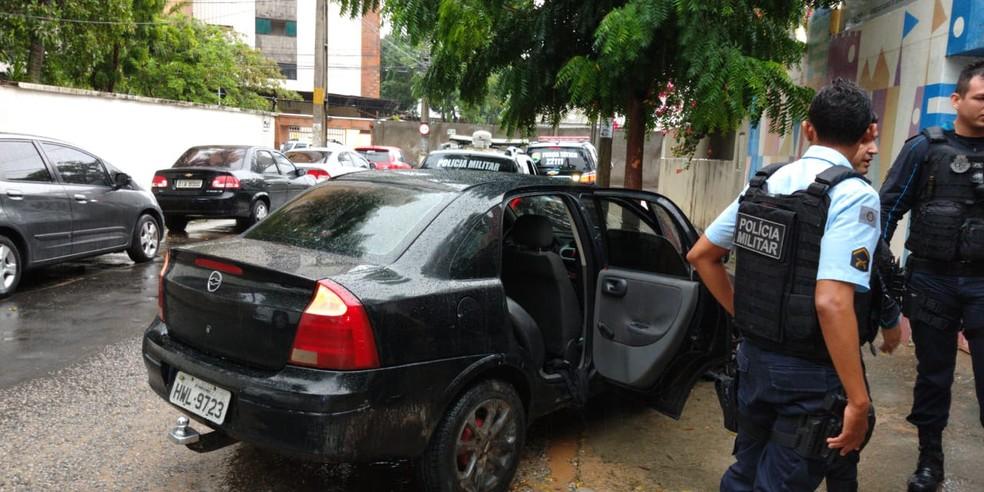 Suspeitos se envolveram em acidente durante perseguição — Foto: Leabem Monteiro/Sistema Verdes Mares