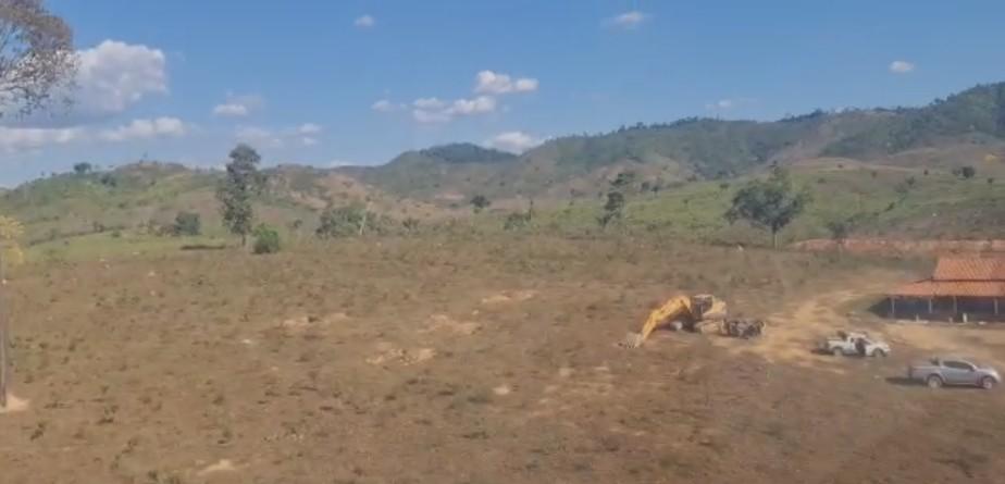Operação da PF apreende 17 escavadeiras e fecha 13 garimpos clandestinos no sudeste do PA