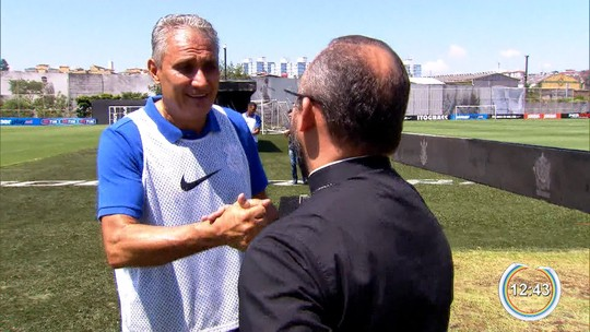 Orientador de Tite, padre vê técnico sereno para Copa e faz suspense sobre promessa