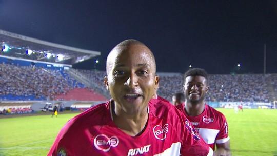 Willians Santana vira camisa 9 e tira o CRB do Z-4: tem seis gols nos últimos quatro jogos