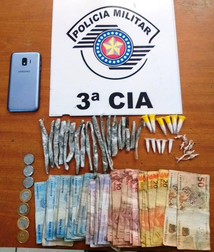 Trio é detido com drogas e dinheiro em Iguape, SP - Notícias - Plantão Diário