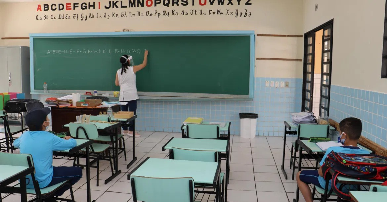 Londrina anuncia retorno das aulas presenciais na rede municipal a partir de 2 de agosto