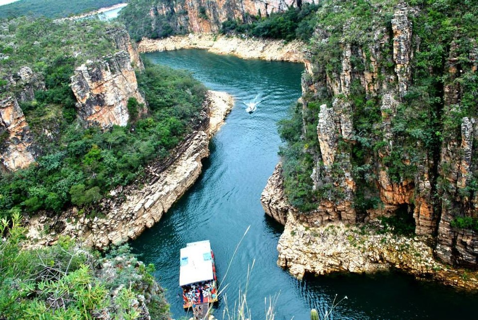 Um dos destinos mais procurados do circuito é o Canyon de Furnas, em Capitólio (Foto: Lucas Magalhães)