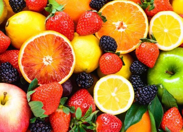 Especialistas recomendam alimentação saudável, rica em frutas, legumes e verduras (Foto: Reprodução/Instagram)