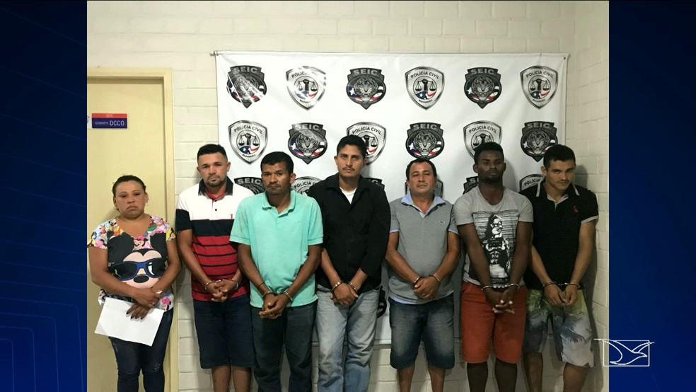 Criminosos foram autuados pelos crimes de organização criminosa, receptação e porte ilegal de arma de fogo de uso restrito (Foto: Reprodução/TV Mirante)
