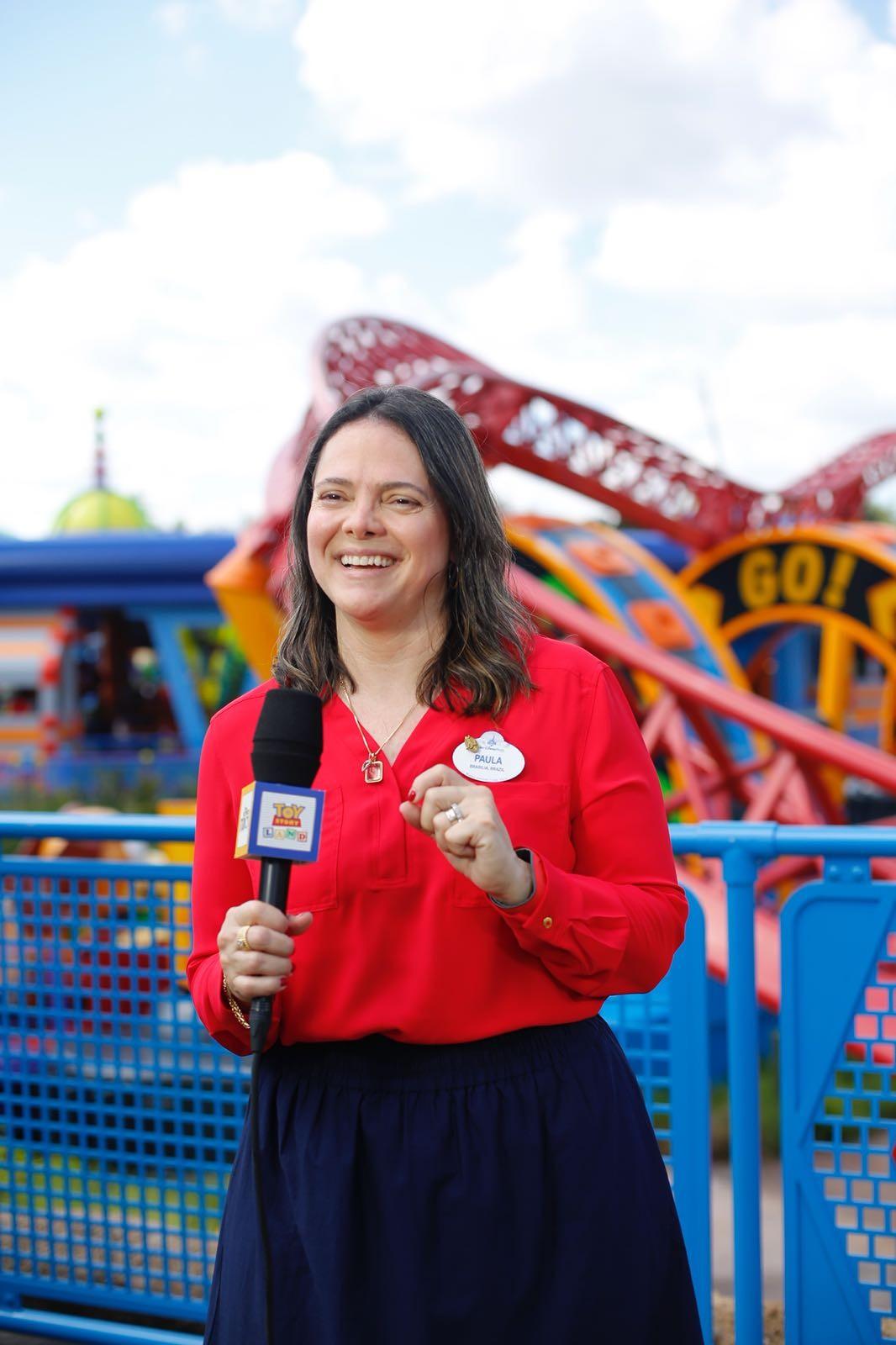 Paula M. Hall - Gerente de Relações Públicas da Disney Destinations para o Brasil