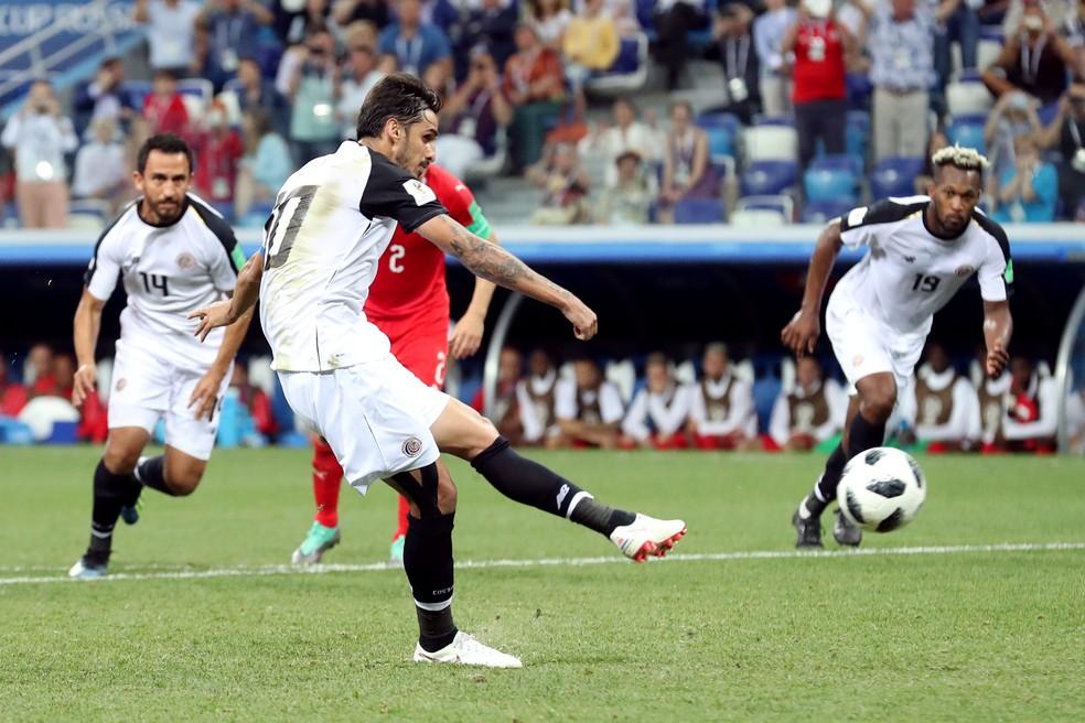 Bryan Ruíz disputou a Copa do Mundo e negocia com o Santos (Foto: REUTERS/Lucy Nicholson)