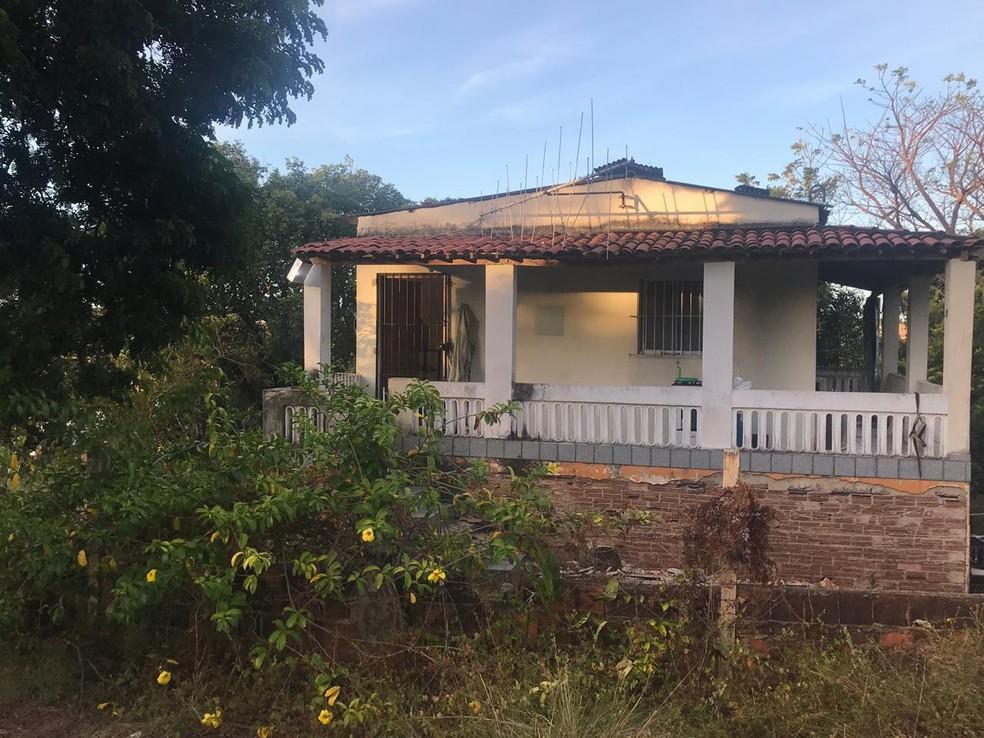 'Laboratório' funcionava dentro de uma casa no Cabo de Santo Agostinho, no Grande Recife — Foto: Polícia Militar/Divulgação