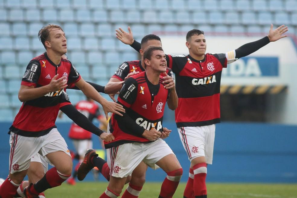 Dantas, Bernardo e Hugo Moura são alguns dos nomes emprestados por 48h ao profissional (Foto: Staff Images/Flamengo)