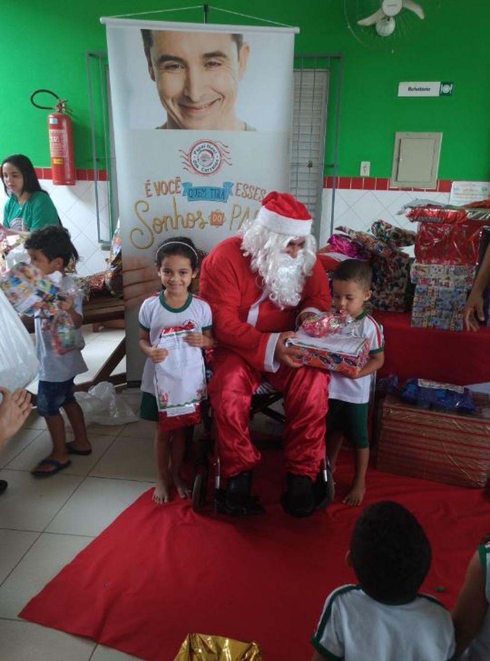 Crianças da Creche Francisca Leite adoraram a novidade (Foto: Divulgação/Correios Acre)