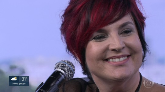 Isabella Taviani comemora 15 anos de carreira com show do Vivo Rio