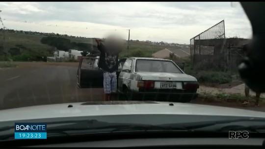 Adolescente é apreendido após fugir da polícia de carro