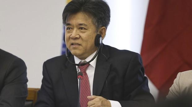 O embaixador da China no Brasil, Li Jinzhang, disse que o país pode negociar a liberação de sobretaxas aos produtos brasileiros  (Foto: Agência Brasil)