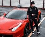Caio Castro e sua Ferrari | Reprodução/Instagram