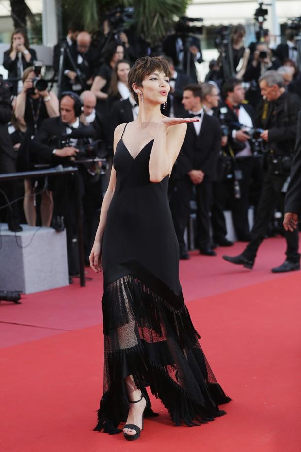 Úrsula Corberó em Cannes (Foto: Getty Images)