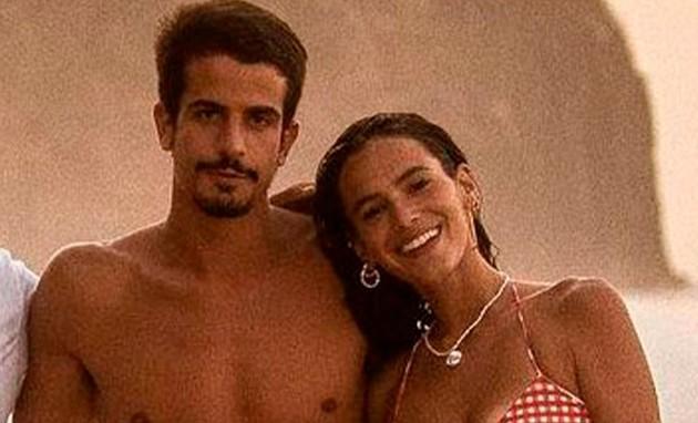 Enzo Celulari e Bruna Marquezine em Fernando de Noronha (PE) (Foto: Reprodução)