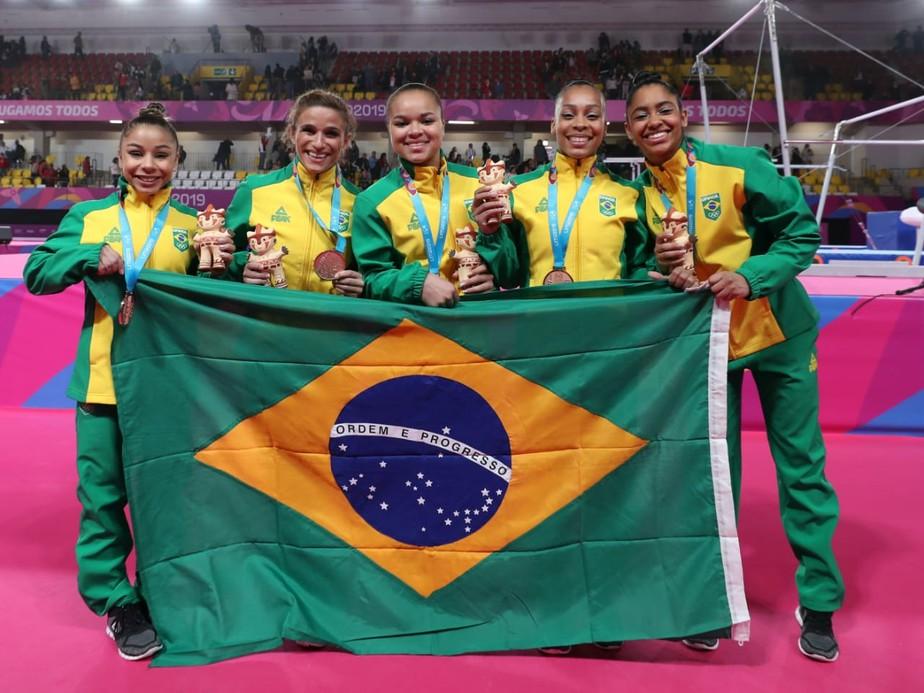 Mesmo sem Jade, Brasil mostra força e fatura o bronze por equipes em prévia do Mundial