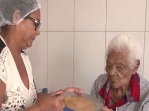 Idosa de 126 anos vive em abrigo na Bahia (Foto: Reprodução / TV Bahia)