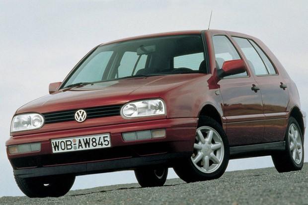 Volkswagen Golf de terceira geração foi importado em três versões principais (Foto: Divulgação)
