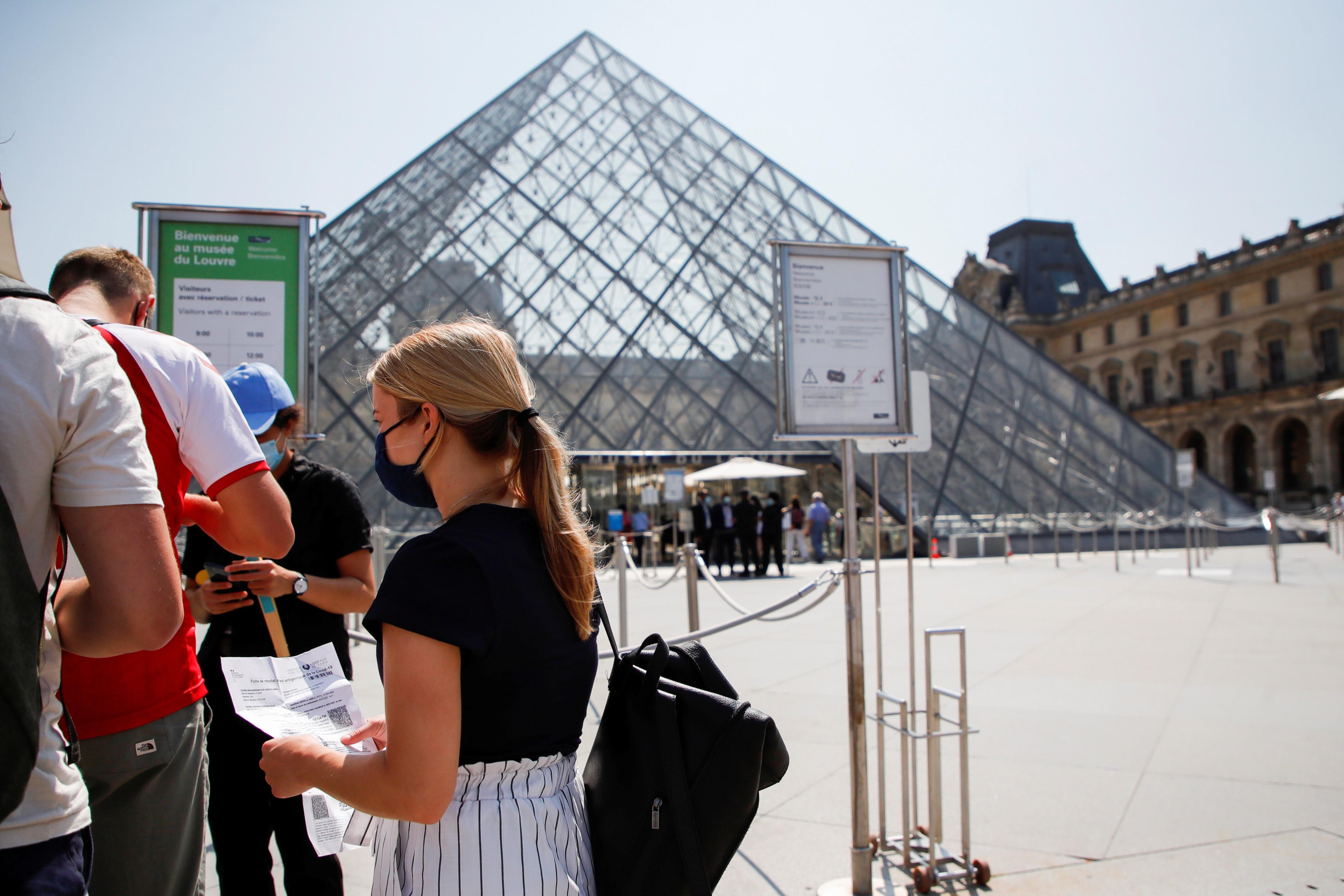 França espera receber 50 milhões de turistas em 2021