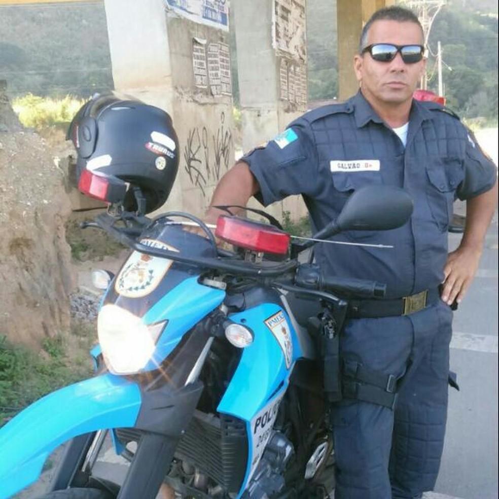 PM Galvão trabalhava no 24º BPM (Queimados) (Foto: Arquivo Pessoal)