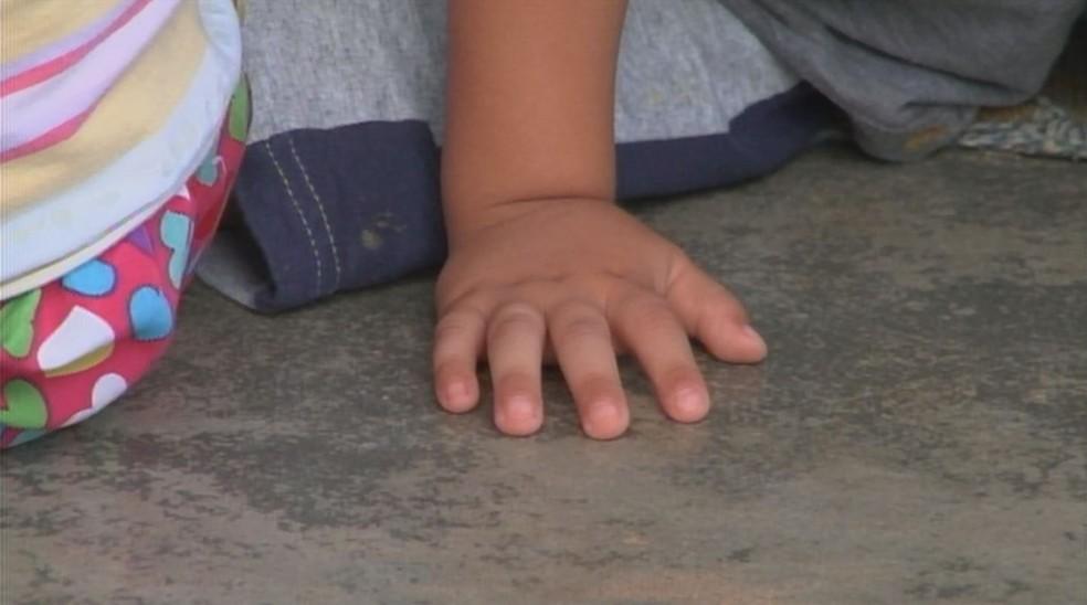 Surto de mão-pé-boca foi registrado em Itapeva (SP) — Foto: Reprodução/TV TEM