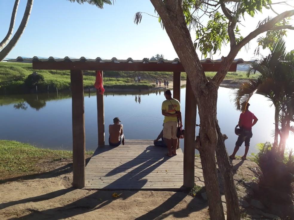 Adolescente morreu afogado em lagoa  — Foto: Radar64