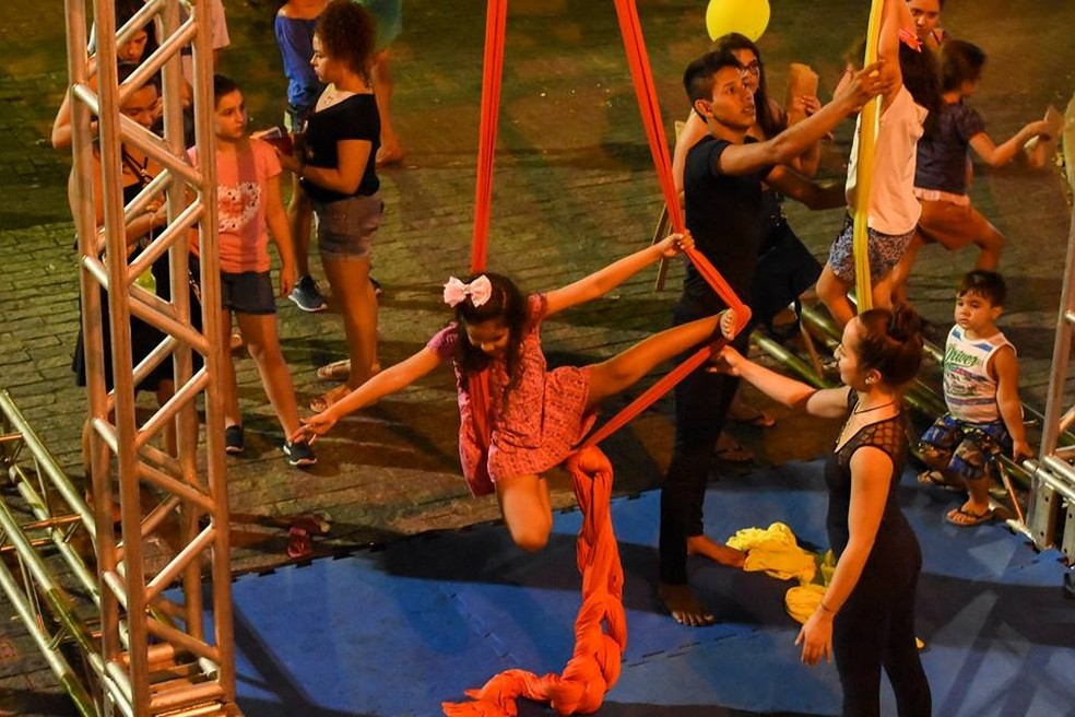 Crianças participarão de atividades como árvore Literária, Circo, Bolha de Sabão, Quintal, Gastronomia, Movimento, Tabuleiro e Artes — Foto: Divulgação
