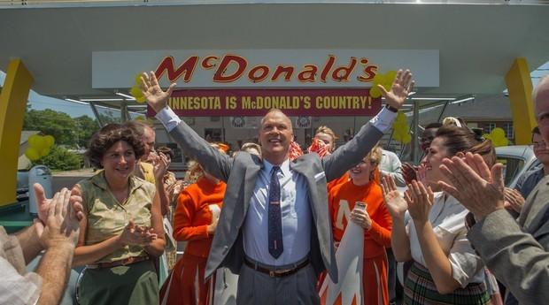 """A história de Ray Kroc foi contada em """"Fome de Poder"""", filme estrelado por Michael Keaton (Foto: Divulgação)"""