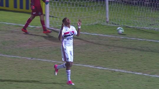 Os pênaltis de Palmeiras 0 (3) x (4) 0 São Paulo pelas quartas do Brasileiro sub-17