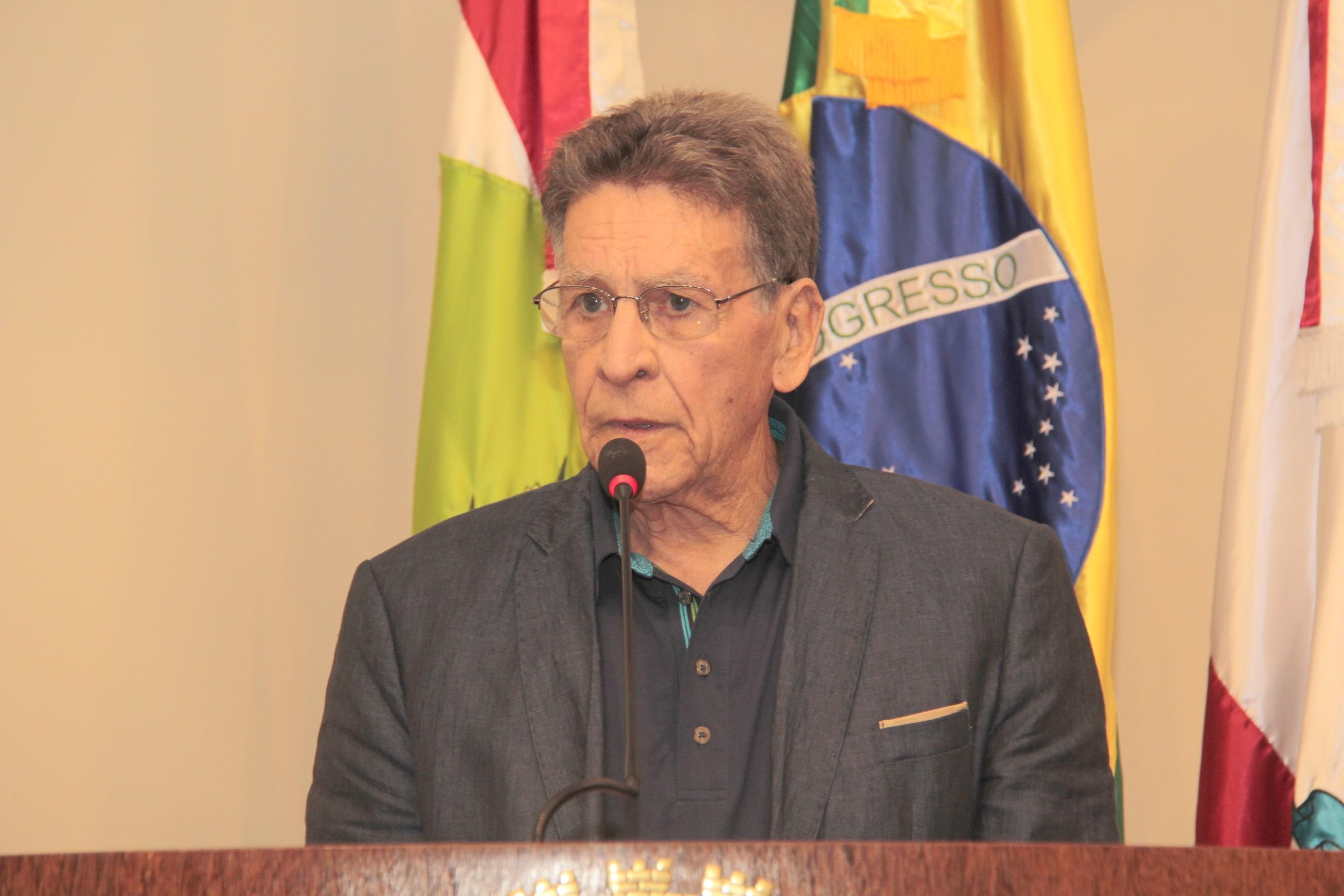 Comunicador Antunes Severo morre aos 85 anos em Florianópolis