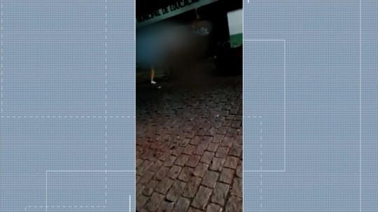 Jovem é preso suspeito de matar rival para vingar morte de membro de facção em praça de Piracanjuba