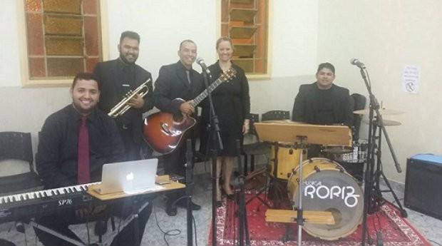 Banda formada por Ted para realizar eventos (Foto: Divulgação)