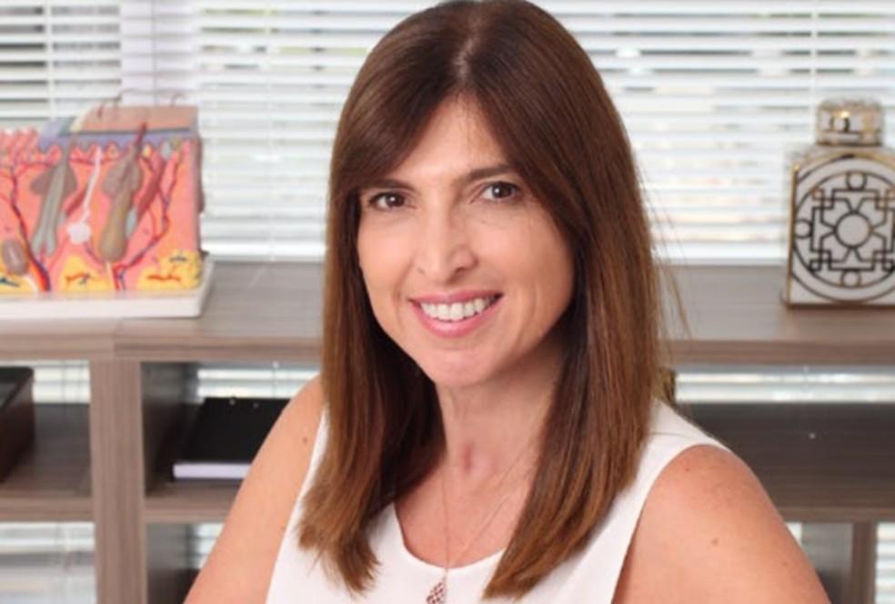 A dermatologista Flávia Addor: os estragos causados pela exposição solar são conhecidos como fotodano — Foto: Divulgação